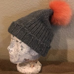 Express brand   cable knit , faux fur Pom beanie
